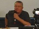 Vezio De Lucia durante la conferenza al Loggiato organizzata dal Comitato