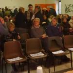 Le sedie di prima fila riservate alle autorità ....