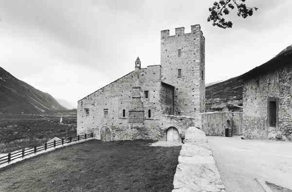 Il Castello di Leuk prima della ristrutturazione