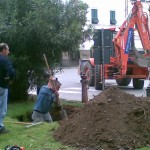 Un giardiniere prepara l'alloggio .....