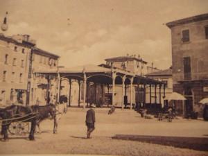 Piazza San Giorgio, il mercato liberty
