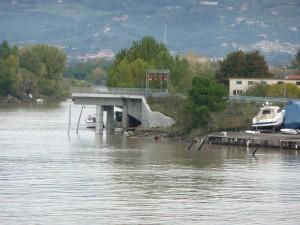 Il troncone del Ponte della Colombiera ricostruito dopo l'alluvione dello scorso anno.